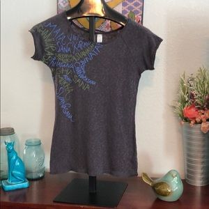 Lucy Short Sleeve Graphic tee Size M